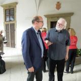Hejtman královéhradeckého kraje PhDr. Jiří Štěpán a autor výstavy Jan Drocár.