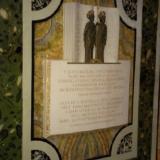 V tejto bazilike papež Hadrián II. roku 868 schválil a posvätil staroslovenské bohoslužobné knihy slovanských apoštolov sv. Konštantina - Cyrila a sv. Metoda. Vďačný slovenský národ.