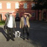 Kluci v akci. Pánská část pořadatelského spolku Rodro Jan Drocár a Michal Dujka přinášejí publikace k výstavě, které si návštěvníci mohou koupit v návštěvnické centru do konce prosince.