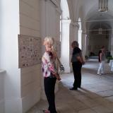 Panely s rodokmeny budou v boskovickém zámku ke shlédnutí do konce července.